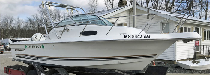 21' Ballastic 2006 - Insurance Salvage - Damaged Boat