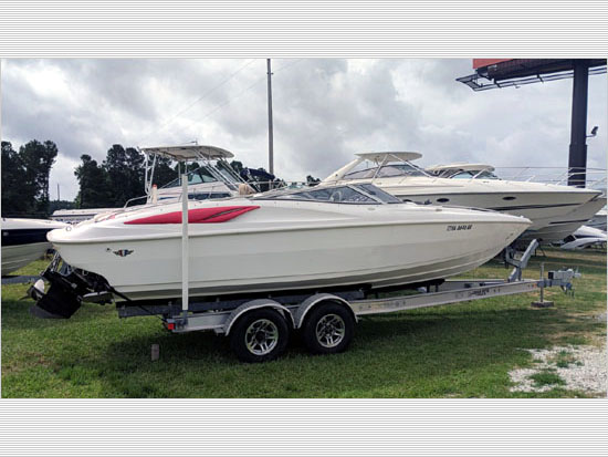 Wellcraft 26' 1996